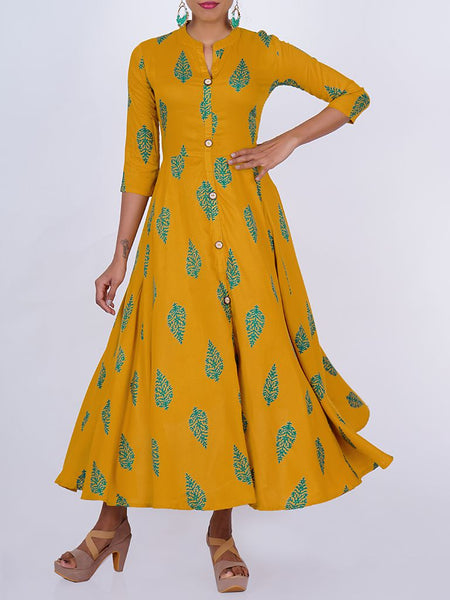 Engraved Wooden Buttoned Floral Almond Print Kurti