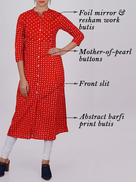 Foil Mirror Buti & Mother-Pearl Buttoned Abstract Barfi Print Cotton Kurti
