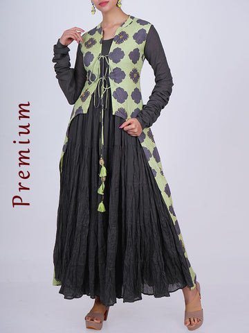 Tiered Crushed Cotton Kurti With Cutaway Jacket