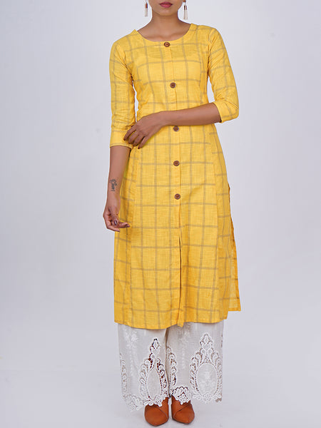 Metal Rimmed Wooden Buttoned Chequered Slub-Cotton Kurti