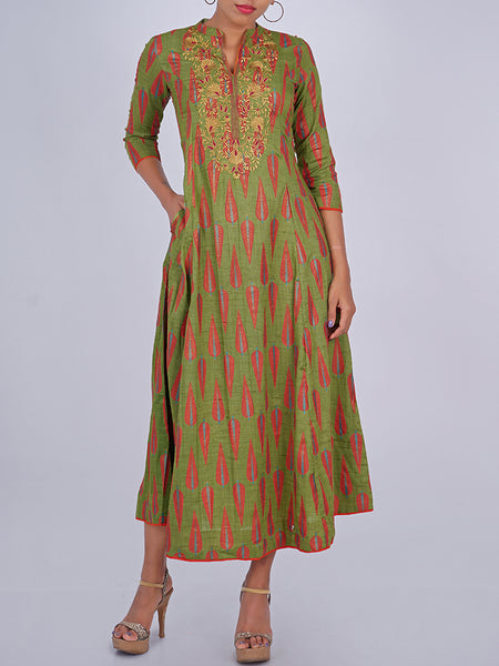 Floral Resham Work Leaf Buti Printed Cotton Kurti