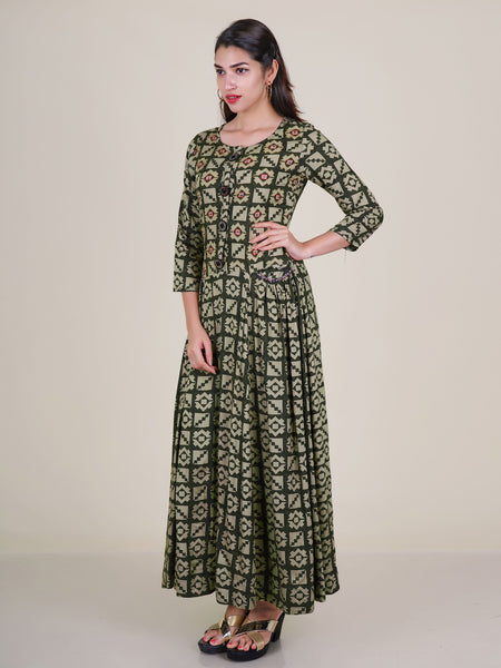 Zari, Resham, Beads & Sequins Work Gathered Kurti