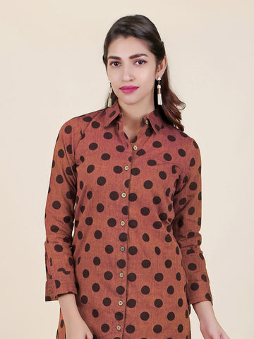 Polka dots Printed Textured Buttoned Kurti