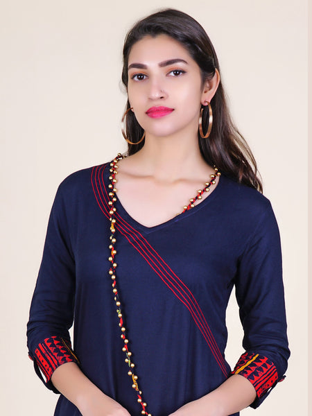 Pearl Ornamented Stitched Dori Necklace With Cotton Kurti