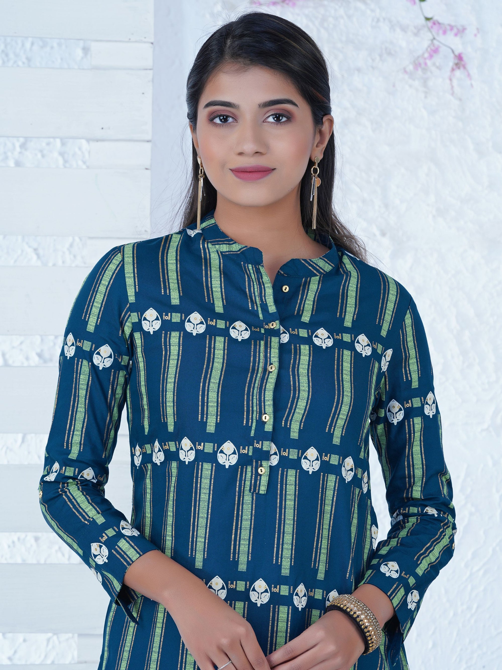 Abstract Geometric & Leaf Motifs Printed Kurta