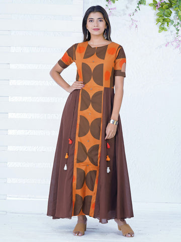 Semi-Circle Abstract Printed & Panelled Kurta
