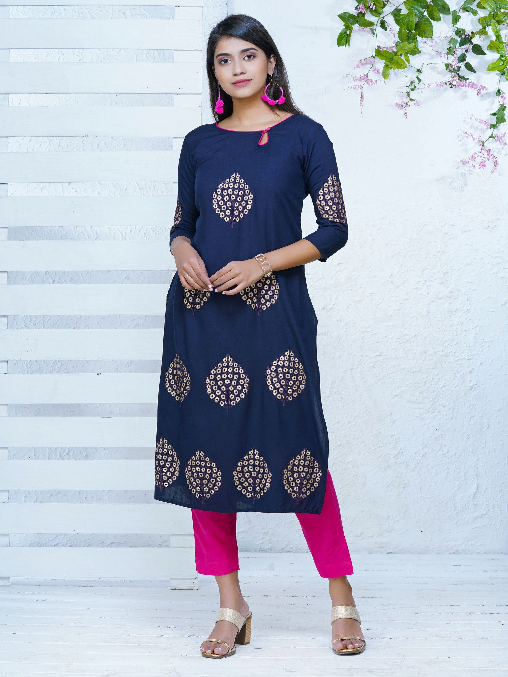 Khadi Printed Floral Bouquet Buta Cotton Kurti – Navy Blue