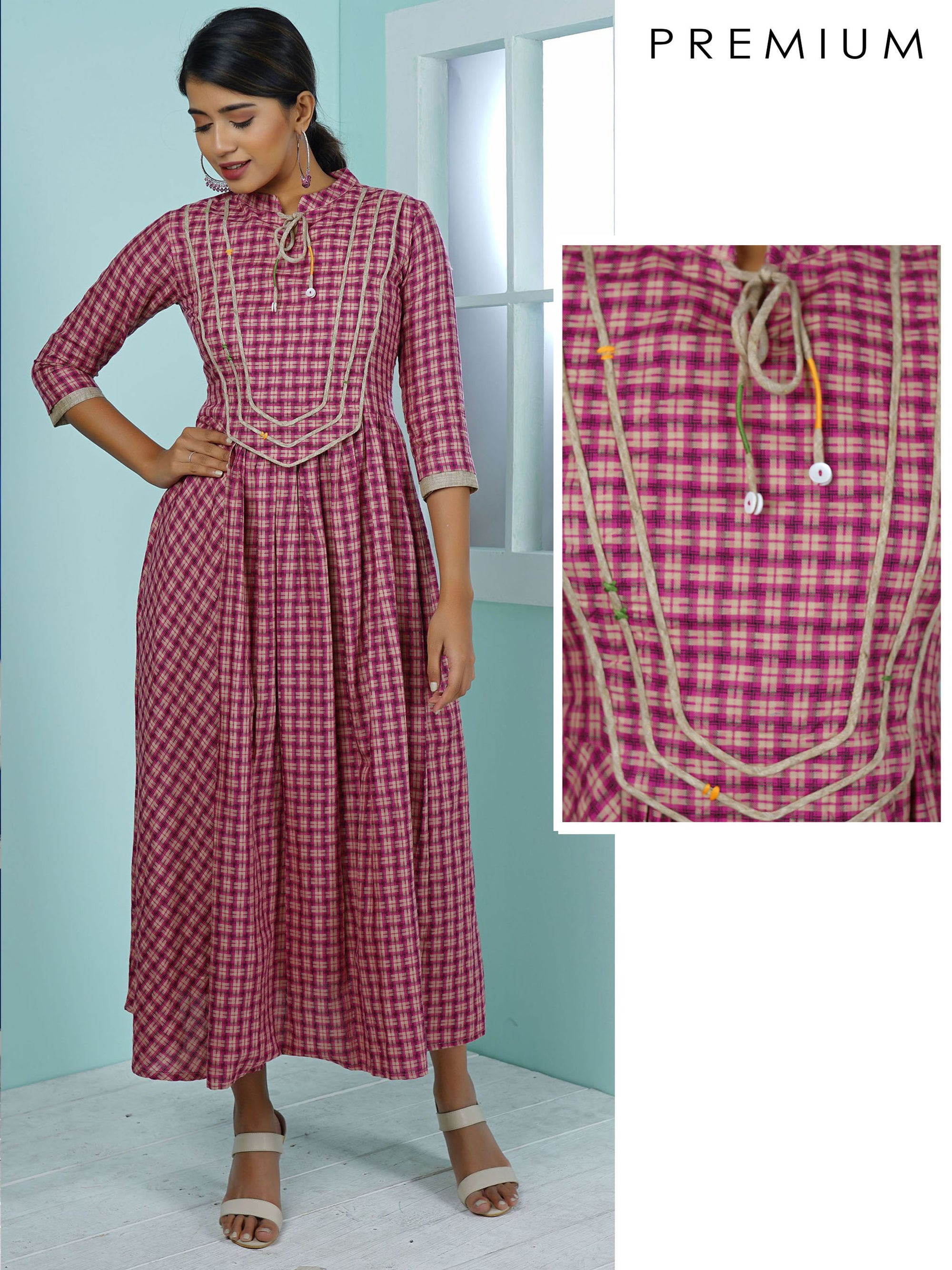 Woven Chequered, Panelled & Pleated Kurta