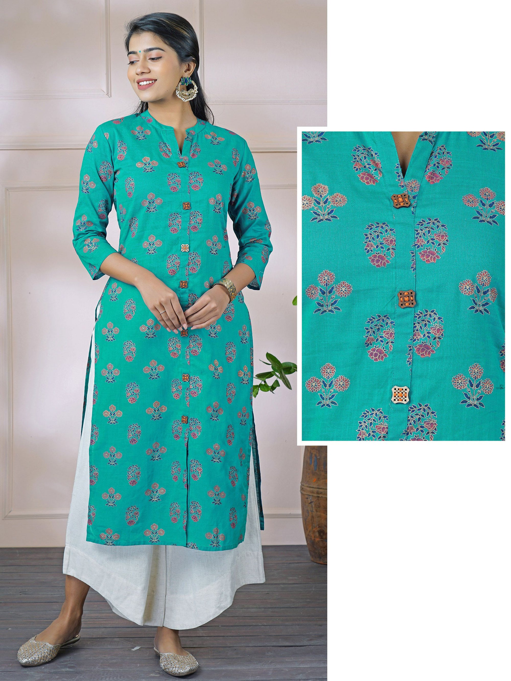 Engraved Wooden Buttoned & Foil Floral Printed Kurti