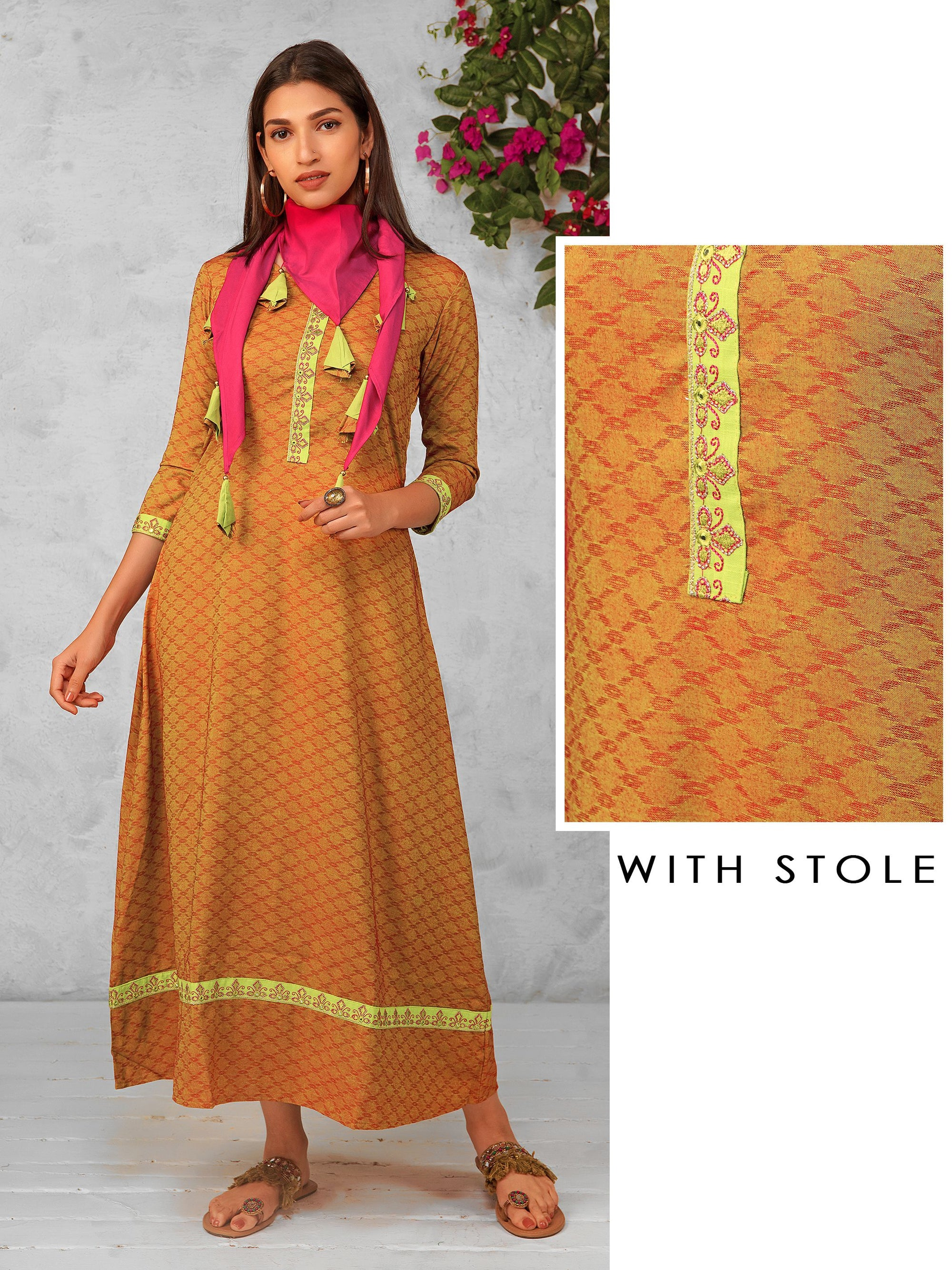 Jacquard Pattern Dual Shade Kurti with Scarf