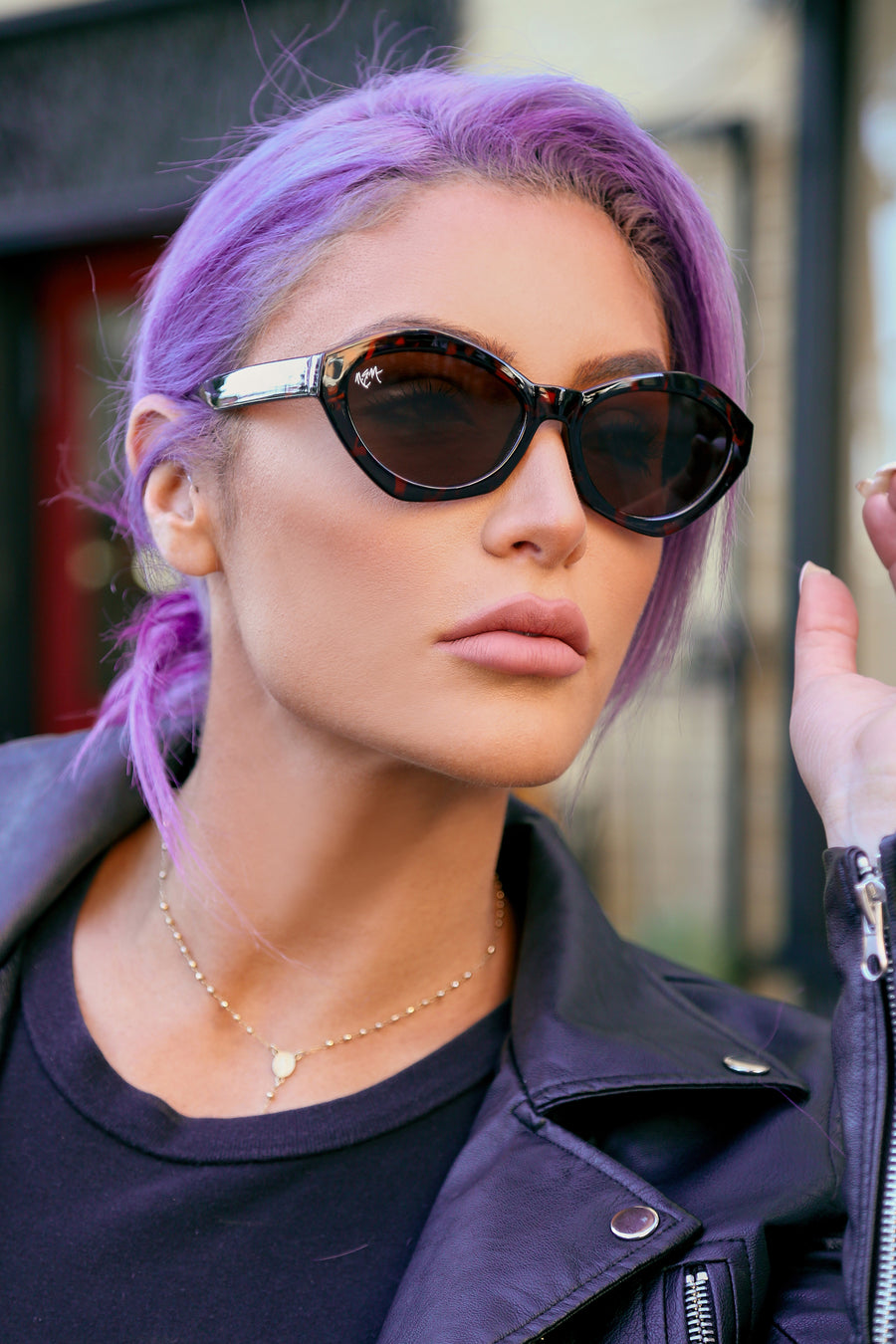 Bella Oval Sunnies | Tortoise - NEM Fashion Store