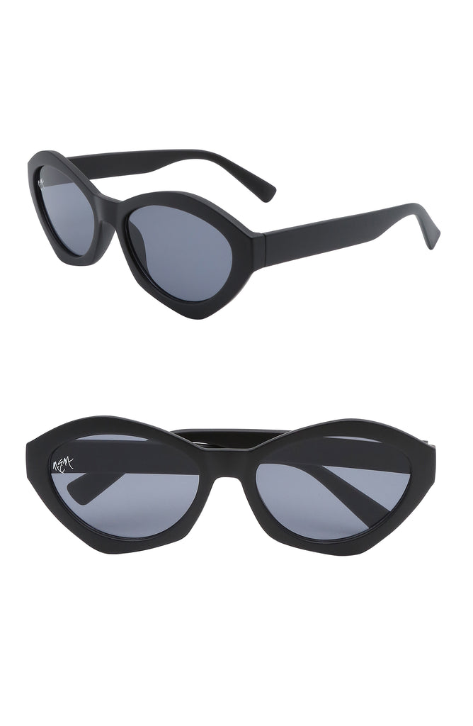 Bella Oval Sunnies | Matte Black - NEM Fashion Store