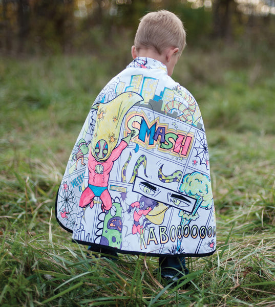 Reversible superhero cape colouring in costume