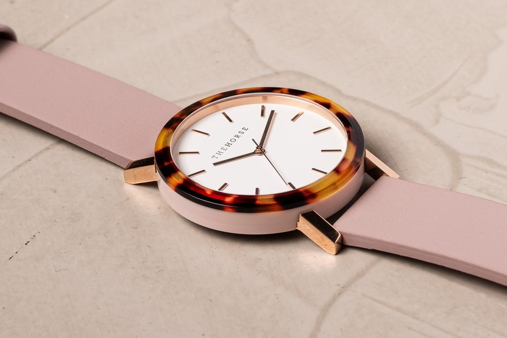 THE RESIN - Tortoise Shell Case/Blush Leather Strap