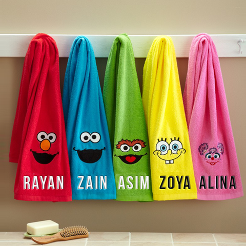 Colorful Sesame Street Towel Set