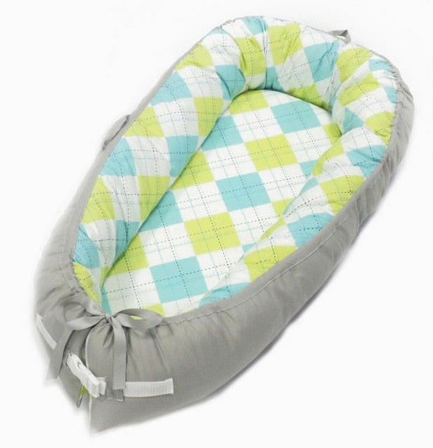Soft & Cuddly Portable Baby Nest