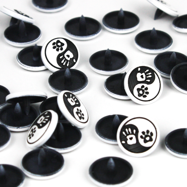 Pet Owner Ying Yang Two-Toned Engraved Gloss KAM Snaps Size 20