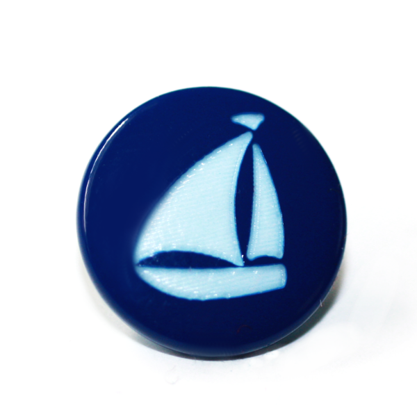 25ct Caps - Sailboat Two-Toned Engraved Gloss KAM Snaps Size 20