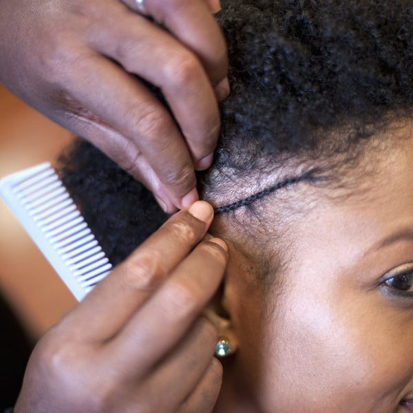 10 Thoughts We've All Had While Getting Our Hair Braided