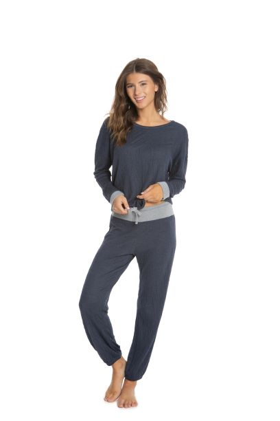 Barefoot Dreams Malibu Collection® Women's Crinkle Jersey Lounge Set