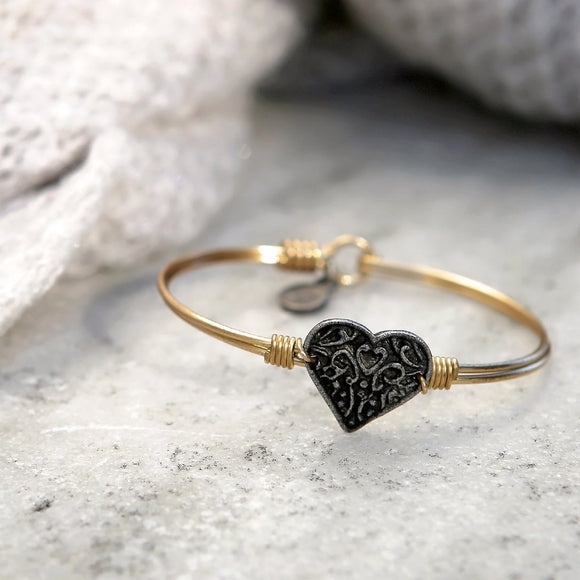 Luca + Danni Filigree Heart Bangle Bracelet in Gold - Jewelry - SierraLily