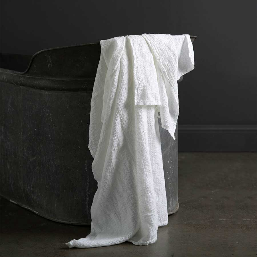 Linen Bath Towels by In The Sac - VELA.Life