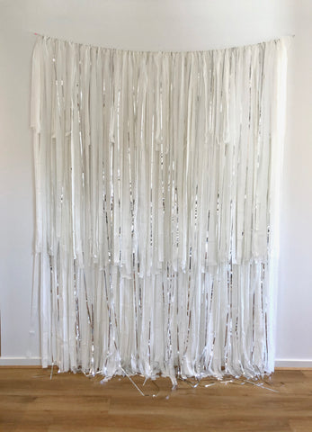 'Snowflake' Fringe Garland/Backdrop