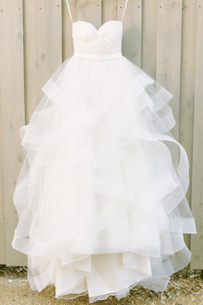 Ivory Sweetheart Strapless Tulle Floor-length Beach Wedding Dresses With Ruffles,N686