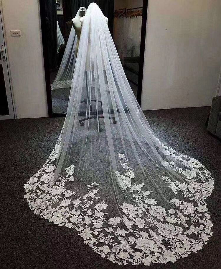 New Arrival Elegant One Layer 2M Tulle Wedding Veils Lace Applique Edge V040