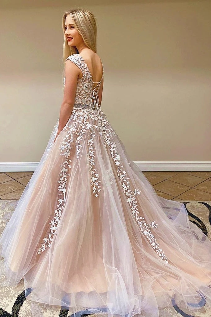 Chic Pretty Long A-line Scoop Neckline Backless Princess Prom Dresses With Lace Appliques Y0016