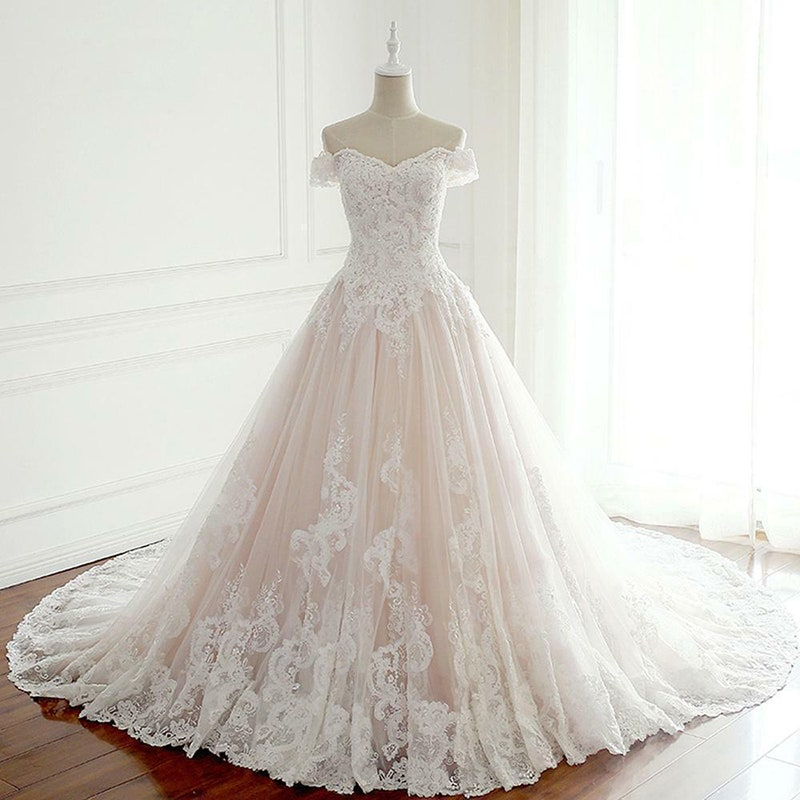 Modest Off The Shoulder Lace Tulle Ball Gown Wedding Dresses Y0123
