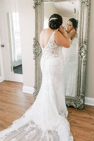 Classy Backless Long V-neck Lace Wedding Dresses Pretty Bridal Dress Y0148