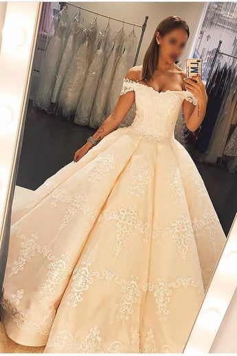 Princess Ball Gown Off the Shoulder Floor-length Satin Prom Dress with Lace,N598