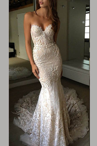 e24a63bd8887 Luxurious Sweetheart Strapless Lace Trumpet Court Train Bridal Gown –  Simibridaldress