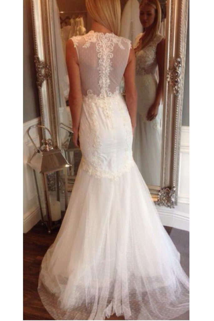 Ivory V Neck Sleeveless Mermaid Wedding Dress, Long Tulle Bridal Dress with Appliques N940