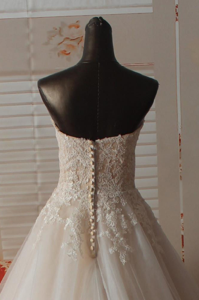 Gorgeous Sweetheart Tulle Wedding Dress with Lace Appliques, Strapless Bridal Dress N1165