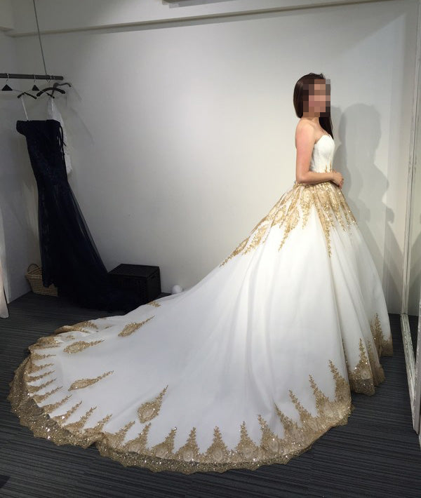 Wedding Dress White And Gold: Ball Gown Strapless Court Train White Gold Lace Tulle
