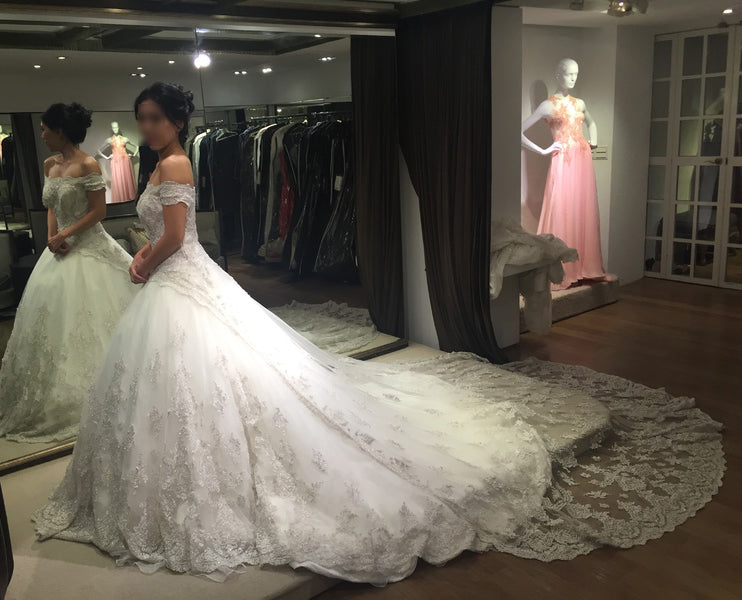 Gorgeous Ball Gown Off-the-shoulder Chapel Train Lace Wedding Dresses,Bridal Dresses,N467