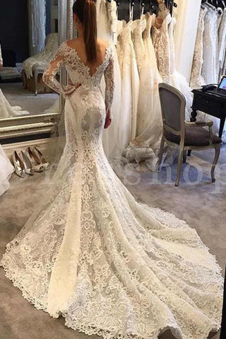 products/court_train_long_sleeves_mermaid_lace_wedding_dress.jpg