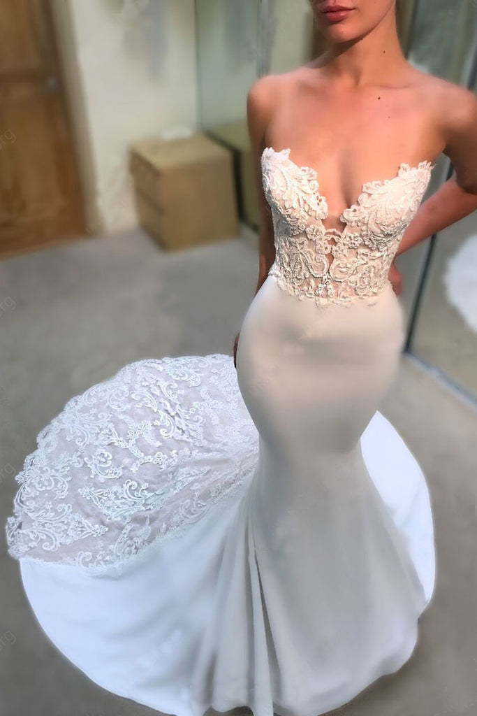 Strapless V-neck Mermaid Court Train Appliques Lace Wedding Dresses N1089