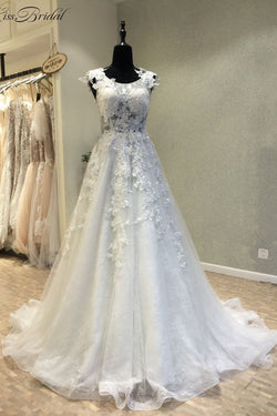 Cheap A Line Lace Beach Wedding Dress with Appliques, New Sleeveless Bridal Dress N1636