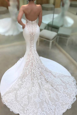 Strapless V-neck Mermaid Court Train Appliques Lace Wedding Dresses
