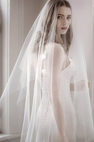 One Tier Ivory Simple Tulle Wedding Veil,  Bridal Veil V039