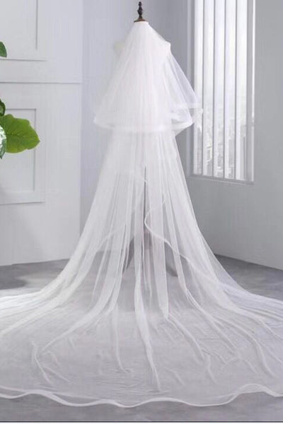 Simple 3.5 Meters Two Tiers Tulle Bridal Veils Ivory Wedding Veils with Comb V034