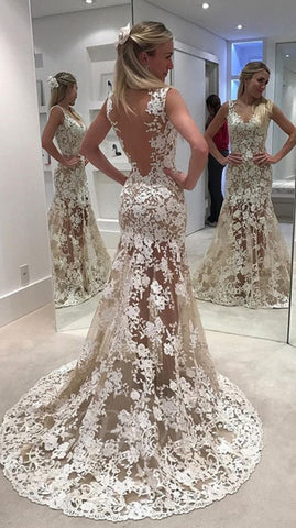 products/jewel_neck_sweep_train_lace_dress.jpg