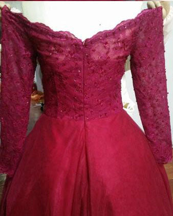 products/long_sleeve_burgundy_tulle_beading_prom_dress.jpg