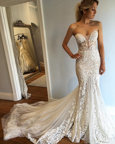 products/mermaid_lace_Tulle_beach_wedding_gown.jpg
