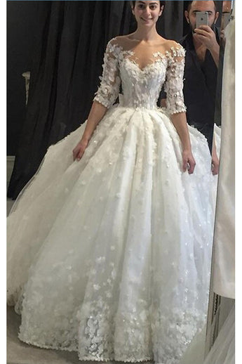 Vintage Appliqued Half Sleeve Wedding Dress,Ball Gown Wedding Gown,2017 With Brading Pearls Scoop Sheer Neck Wedding Gowns,Flowers Ball Gown Vestido De Noiva Plus size,Luxury Tulle Wedding Dress,N133