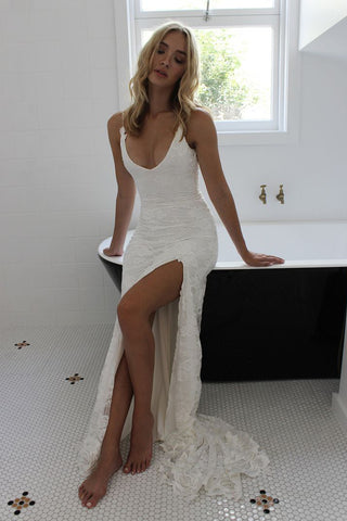 products/side_slit_lace_spaghetti_straps_bridal_dress.jpg