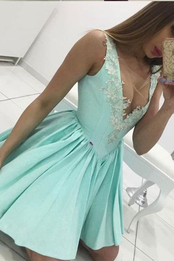 Cute Tiffany Blue V Neck Appliqued Short Homecoming Dress, Mini Graduation Dress